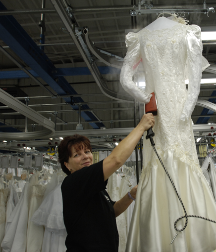 Do It Yourself Wedding Gown Preservation: Team Wedding & The Wedding Gown Preservation Company