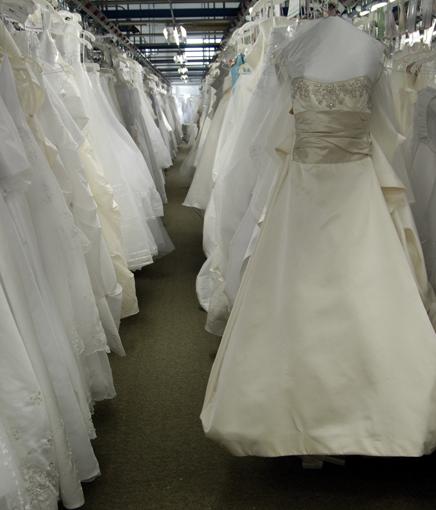 Wedding Gown Preservation Boxes: Team Wedding & The Wedding Gown Preservation Company